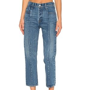 🔅NWOT Levi's WEDGIE altered straight-leg jeans!🔅
